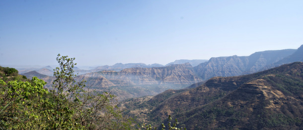 The entire mountanous region shown here is part of the Deccan Traps, showing the characteristic stair-like ridges of lava flows. This photo is from near the town of Mahabaleshwar. Credit: Loÿc Vanderkluysen